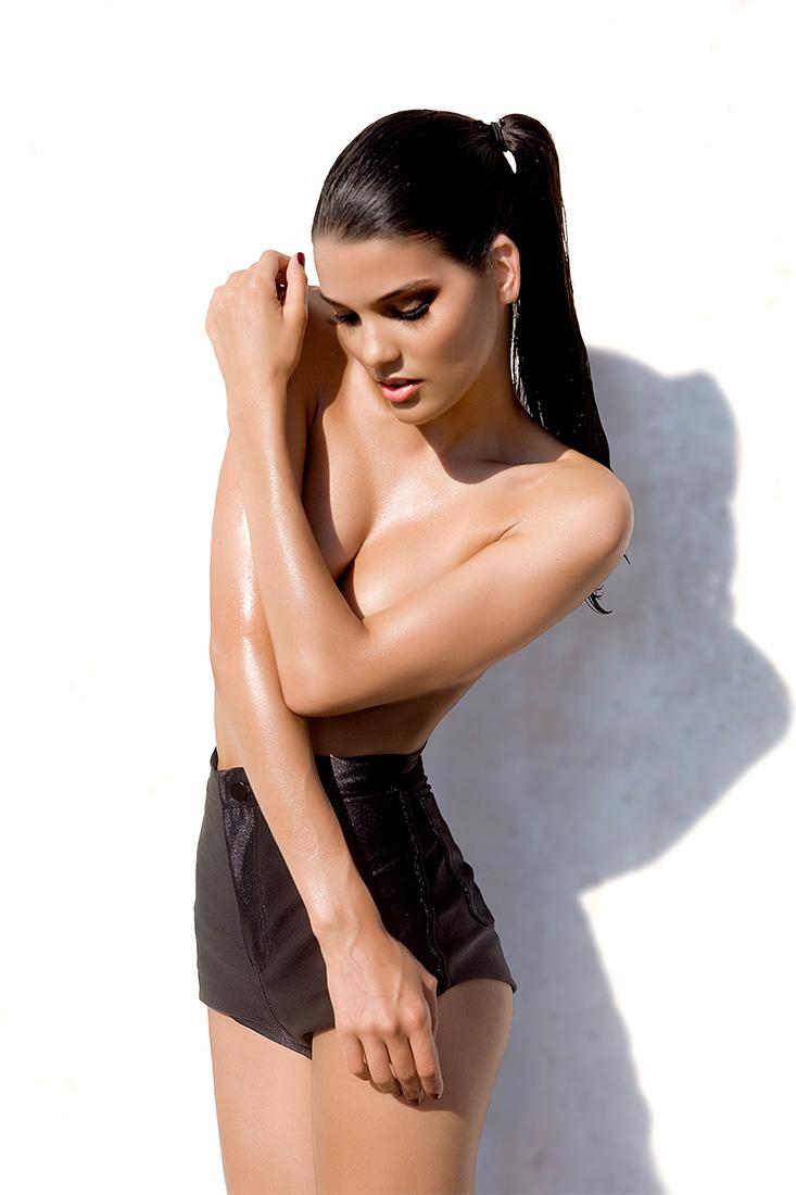 FHM Spain starring Nathalia Soliani - Alessia Laudoni · photographer