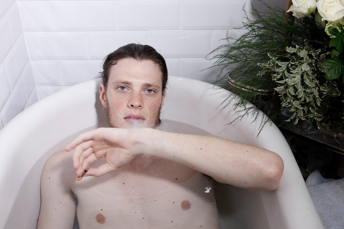 FUCKINGYOUNG starring Thomas - Alessia Laudoni · photographer