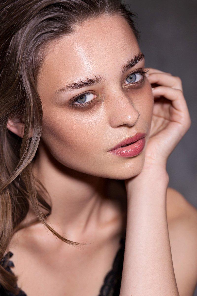 MARIE CLAIRE starring Karolina - Alessia Laudoni · photographer